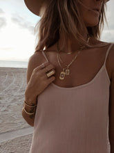Load image into Gallery viewer, Spade necklace