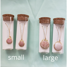 Load image into Gallery viewer, Clam and Clasp Advocate necklace
