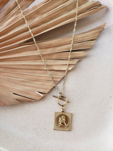 Joie Toggle necklace
