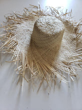 Load image into Gallery viewer, Toni brim straw hat