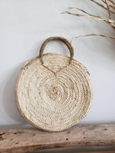 Load image into Gallery viewer, Tuscany round straw tote bag