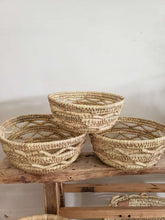 Load image into Gallery viewer, set of 3 woven grass baskets