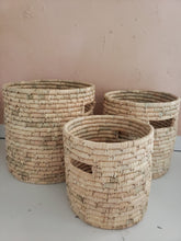 Load image into Gallery viewer, hand woven grass basket