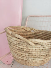 Load image into Gallery viewer, cute basket with handle