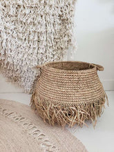 Load image into Gallery viewer, raffia basket