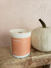 Load image into Gallery viewer, Pumpkin North 29 Candle