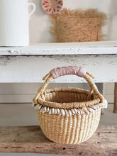 Load image into Gallery viewer, cowrie shell bolga basket