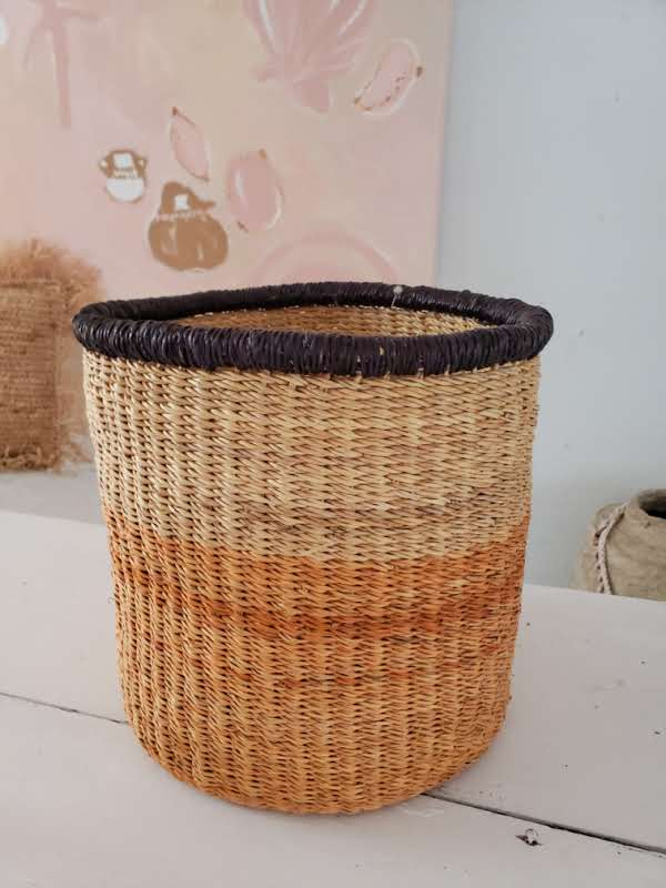 ombre seagrass basket