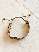 Load image into Gallery viewer, beaded cheetah bracelet