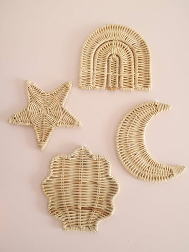 set of 4 rattan wall hangers
