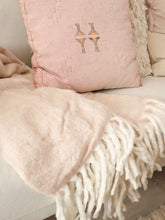 Load image into Gallery viewer, blush fireside cozy throw
