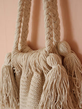 Load image into Gallery viewer, Macrame fringe bag