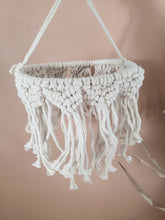 Load image into Gallery viewer, macrame lantern