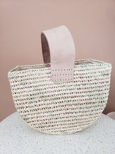 Load image into Gallery viewer, sea grass basket with leather handle