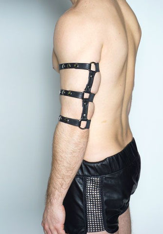 Messenger Harness