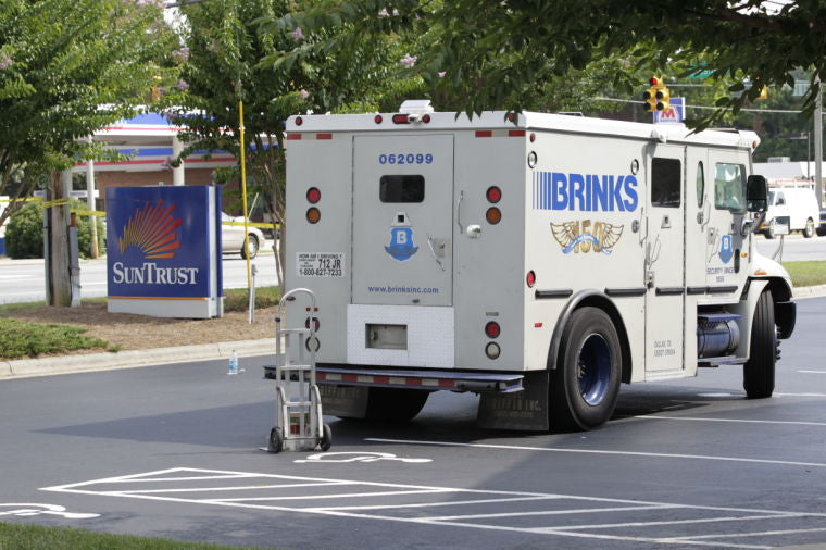 Bank Robber Explains How He Robbed an Armored Truck (Video)