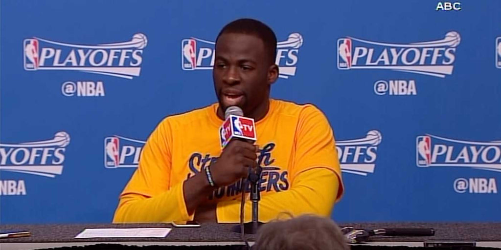 Draymond Green Shuts Down Reporter's Flood Question