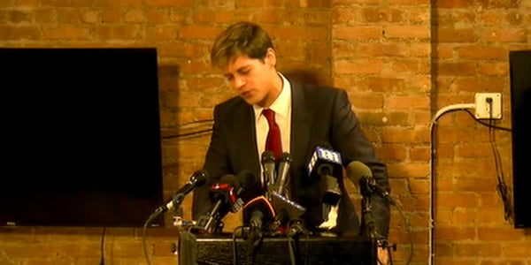 OFFICIAL STATEMENT: Milo Yiannopoulos resigns from Breitbart News