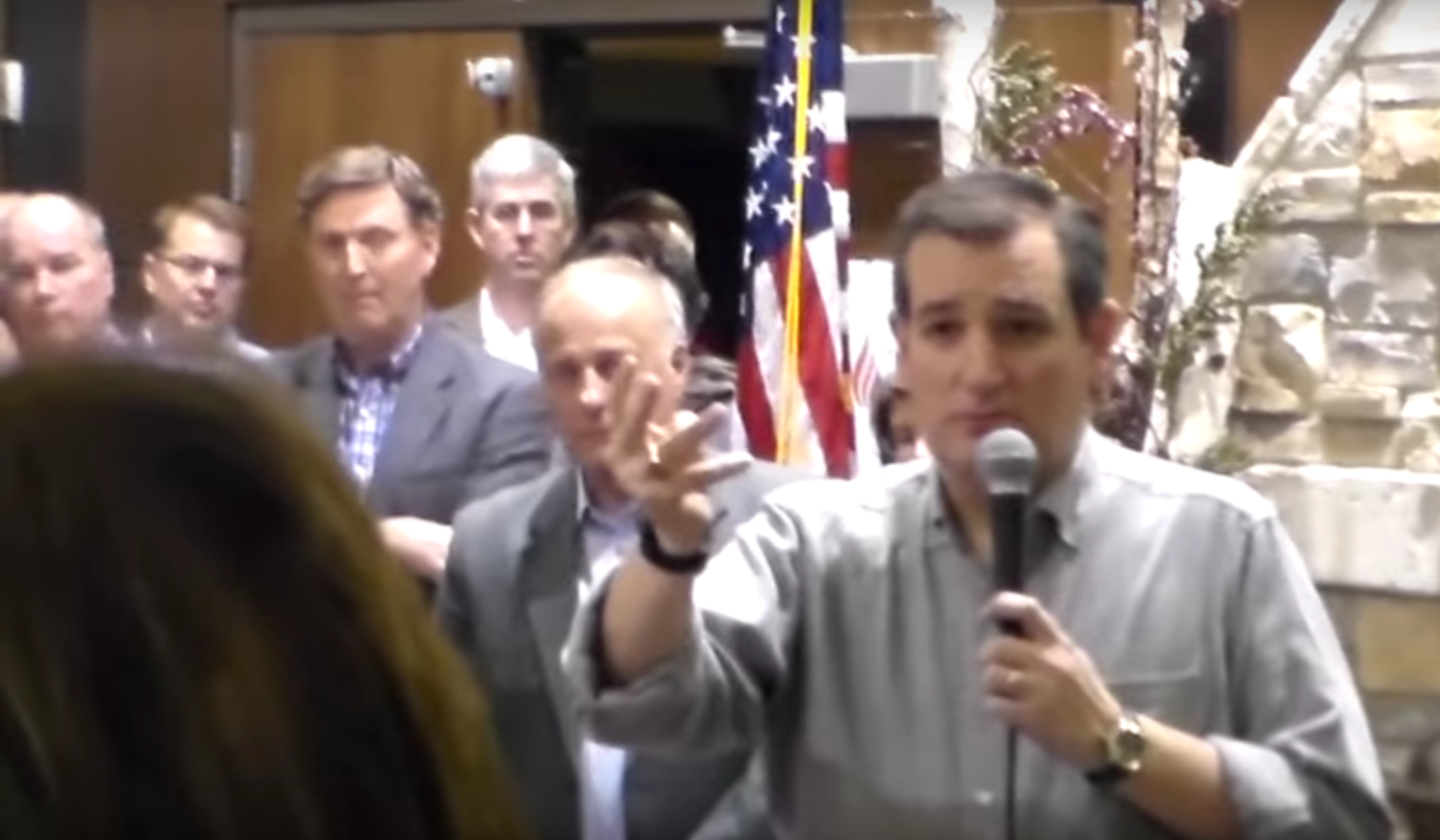 Cruz tells illegal immigrant as President, he would deport her (VIDEO)