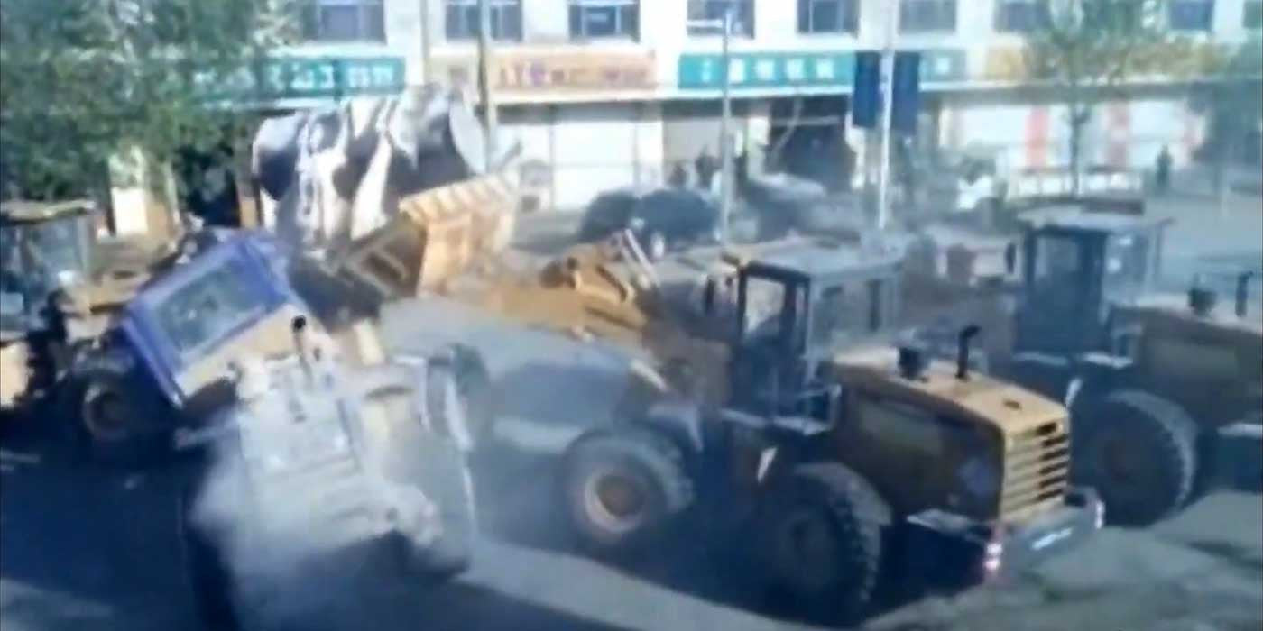 CHAOS: Six Bulldozers Battle In The Streets Of China