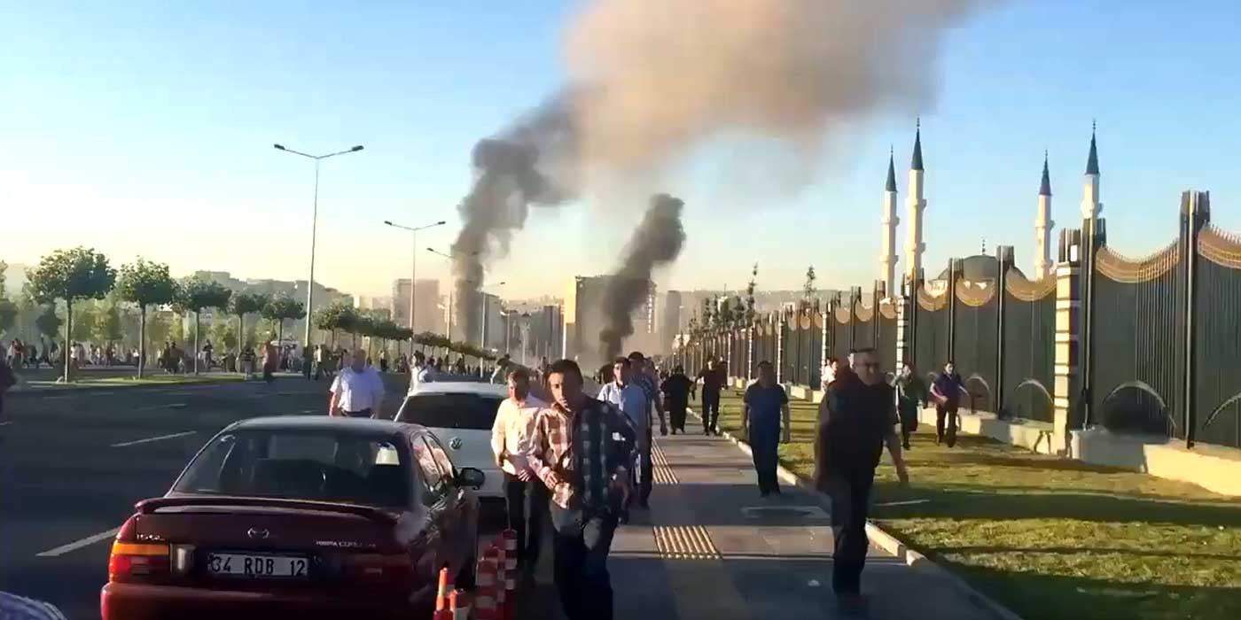 VIDEO: Watch F-16 Jets Bomb Turkey's Presidential Palace