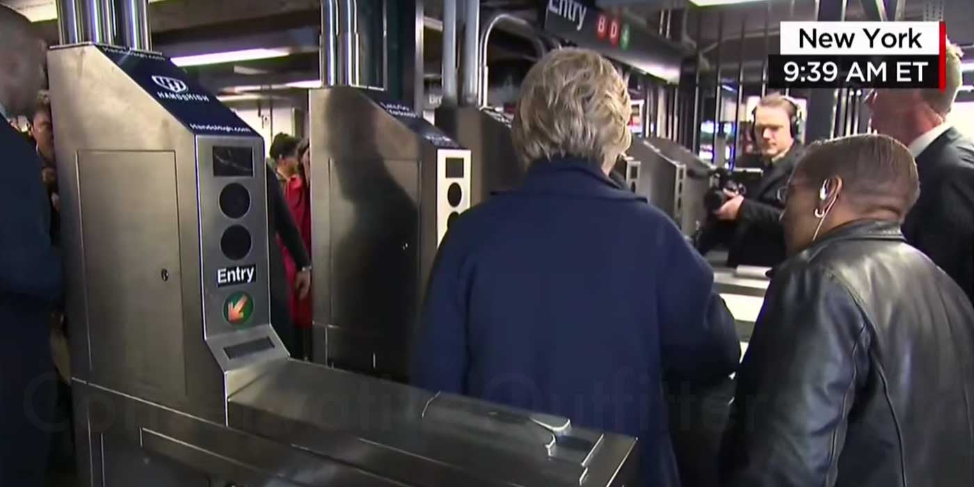 VIDEO: Hillary Doesn't Know How To Ride The Subway