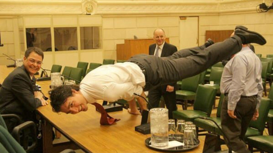 Justin Trudeau Photo Demonstrates The Prime Minister's Impressive Strength