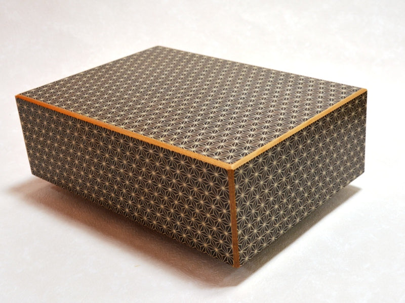 products/12_sun_28_step_kuroasa_japanese_puzzle_box1.jpg