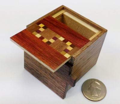 products/2_sun_7_step_kobako_b_japanese_puzzle_box_1.jpg