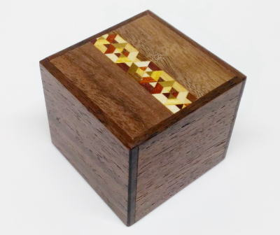 products/2_sun_7_step_kobako_japanese_puzzle_box_1.jpg