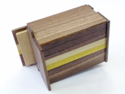 products/3_sun_12_step_natural_wood_japanese_puzzle_box_3.jpg