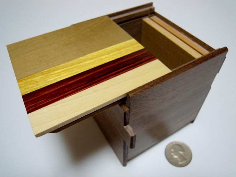 products/3_sun_14_step_natural_wood_cube_japanese_puzzle_box2.jpg