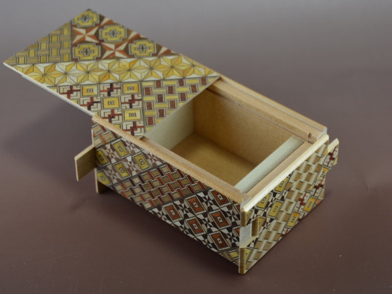 products/4_sun_12_step_yosegi_c_japanese_puzzle_box.jpg