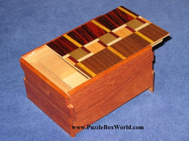 products/4_sun_6_step_limited_edition_maze_japanese_puzzle_box.jpg