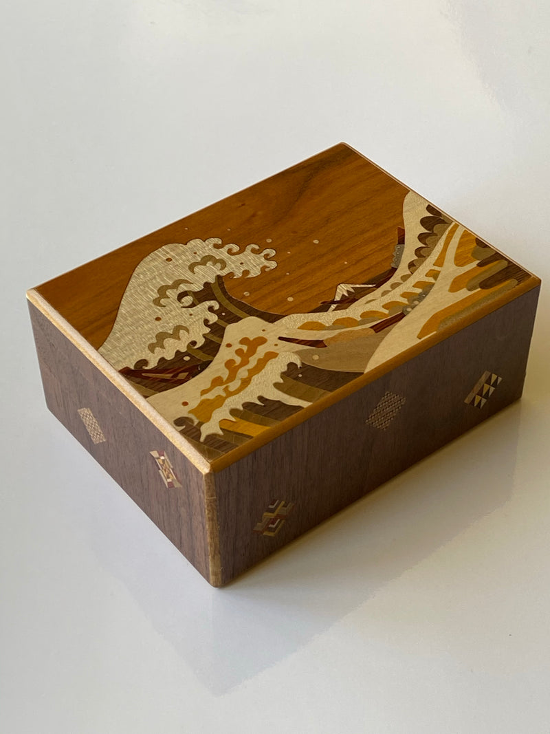 products/5.5Sun21_1StepNamiuraJapanesePuzzleBox1.jpg
