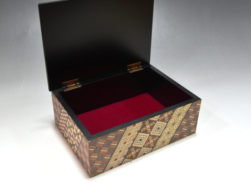 products/5_Sun_Koyosegi_Jewelry_Box_2.jpg
