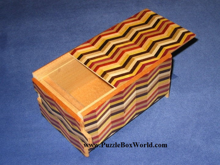 products/5_sun_14_step_notch_stripe_japanese_puzzle_box.jpg