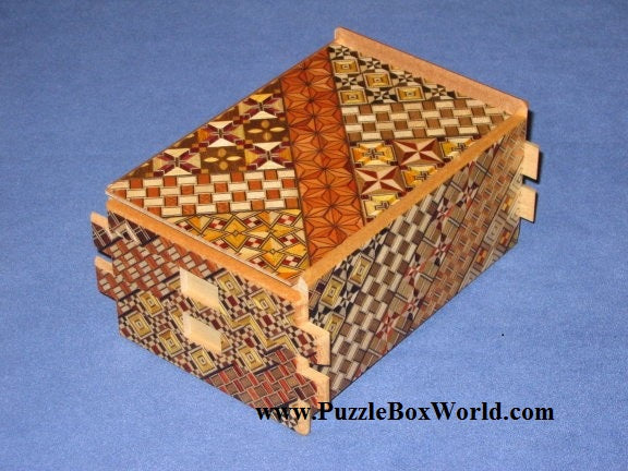 products/5_sun_36_step_yosegi_japanese_puzzle_box.jpg