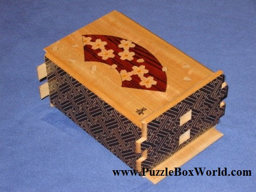 products/5_sun_42_step_sansui_zougan_saya_japanese_puzzle_box_2.jpg