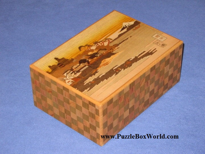 products/6_sun_23_step_ichimatsu_enoshima_japanese_puzzle_box_1.jpg