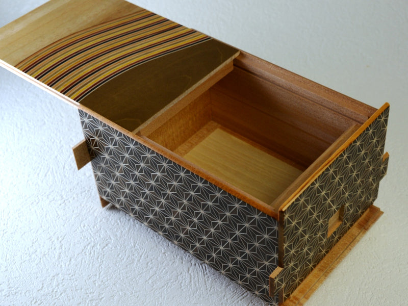products/6_sun_28_1_step_kuroasa_nami_japanese_puzzle_box_2.jpg
