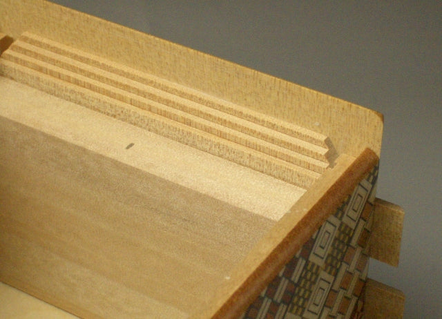 products/6_sun_54_1_step_koyosegi_japanese_puzzle_box2.jpg