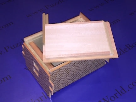 products/6_sun_54_1_step_shirosaya_japanese_puzzle_box_3.jpg