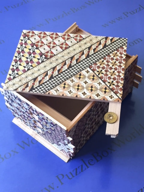 products/7_sun_72_1_step_yosegi_japanese_puzzle_box_1.jpg