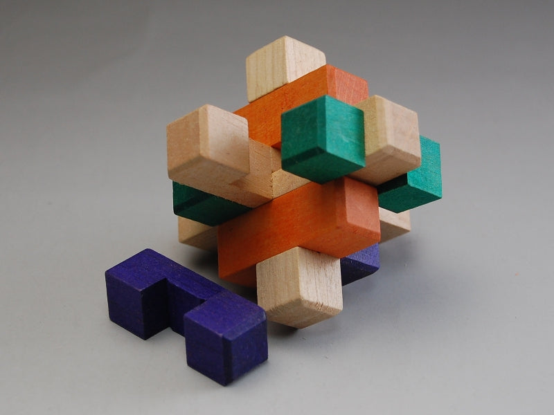 products/9_Piece_Japanese_Kumiki_Puzzle_2.jpg