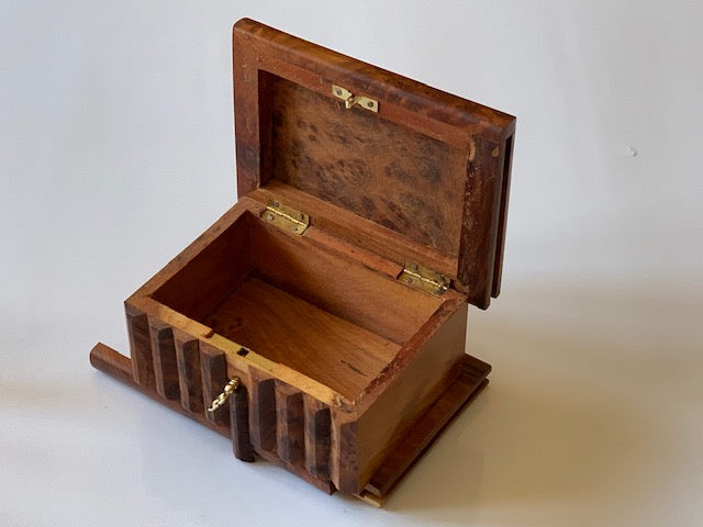 products/Medium_Moroccan_Magic_Thuya_Burl_Trick_Box_1.jpg