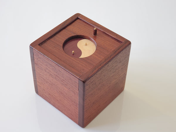 PRE-OWNED Quagmire Yin Yang Master Limited Edition Puzzle Box