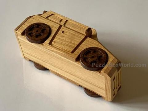 products/Slammed_Car_Yananose_Puzzle_Box_1.jpg