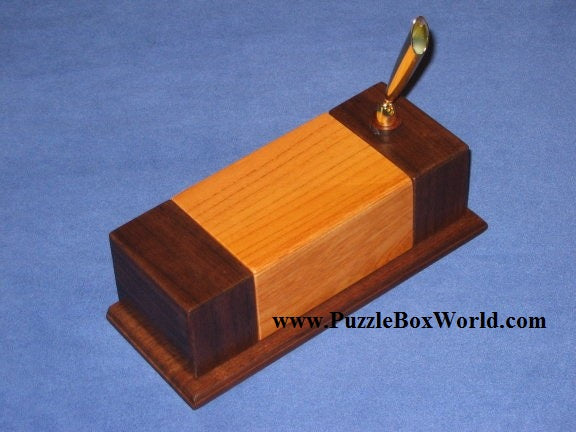 products/a_pen_stand_japanese_puzzle_box.jpg