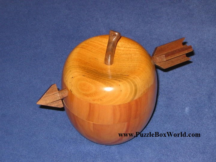 products/akio_kamei_apple_2_japanese_secret_puzzle_box.jpg